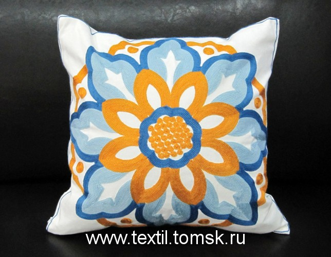 Декоративная подушка Коллекция Needlework Вышивка